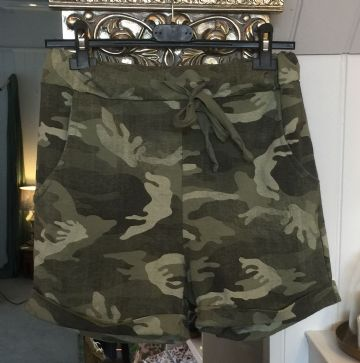 Shorts - Camouflage - Green